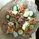 La crêperie de Molsheim . Ça terasse,  ses galettes et crêpes.  Puis ses salades, omelettes,  gl
