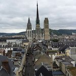 Photo de Novotel Suites Rouen Normandie