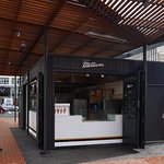 one of 2 Tommy Millions pizzerias in wellington