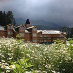 4 Star Ski Chalet Hotel