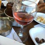 Photo de Maria's Golden Beach Tavern Restaurant
