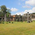 Vue des ruines de l'abbaye