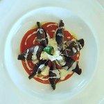 Ravioli al Cacao Amaro ripieni di Melanzane, Stracciatella di Burrata