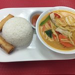 Red Curry Lunch Special with a side of spring rolls