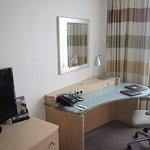 Zimmer mit Flatscreen, WLAN und Schreibecke