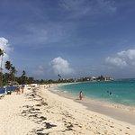 Playa principal relativamente cercana al hotel