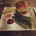 Steakburger with Steamed Asparagus