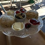 We're on holiday here from Glasgow, we visit habit every day, there cream teas are a specialty,