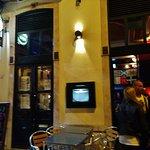 Hennessy's Irish Pub Foto