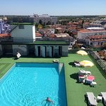 Roof top swimmingpool