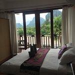 The Elephant Crossing Hotel Foto