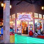 Manitou arcade