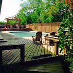 Pool and hot tub for all guests