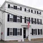 Harbor Light Inn