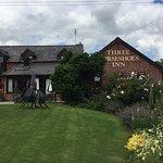 Foto de The Three Horseshoes Inn
