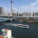 溫馨乾淨的客房,舒適的住宿體驗,早上有西式和限量的日式早餐,窗外美麗的駒川風景,讓人在東京有個悠閒的小天地🎉💕