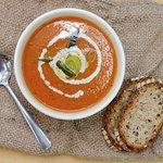 Tomato coconut soup - organic, vegan & vegetarian.