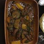 Restaurante muito bom. Comi calamares (receita recomendada pelo chef) com molho de tomates e leg
