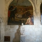 En el claustro ... uno de los cuadros de la exposición de Vicente Carducho
