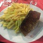 Très bon restaurant , le repas était très bien par rapport au prix . Rien a dire , cadre sur le