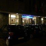 Camere spaziose e Pulite, hotel a due passi da via Andrassy posizione strategica.