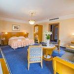Hotel Tri Lilie Foto