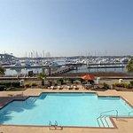 Photo of Courtyard Charleston Waterfront