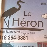 The paper placemat for Le Heron.