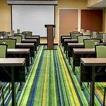 Summit Meeting Room