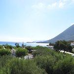 Вид на море и горы с балкончика