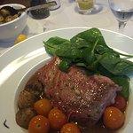 Aktuelles, Super-Gericht: Thunfisch Steak Sommerterrasse/ Biergarten