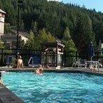 Photo de Hilton Whistler Resort & Spa