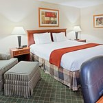Photo of Holiday Inn Express Kent State University