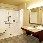 Foto de Holiday Inn Express Hotel & Suites Watsonville