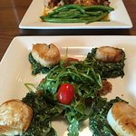 Scallops, creamed spinach, and outrageous triple chocolate cake!