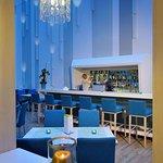 Photo de Atrium Fashion Hotel