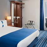 Holiday Inn Express Belfast Queens Quarter Double Bedroom