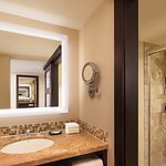 Westin Standard Bathroom