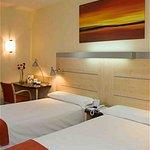 Photo de Holiday Inn Express Alcobendas