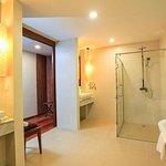 Photo de Borei Angkor Resort & Spa