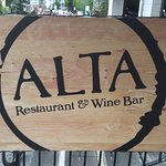 Alta Restaurant & Wine Bar Foto