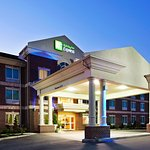 Photo de Holiday Inn Express Carrollton