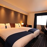 Photo de Holiday Inn Express London Gatwick-Crawley