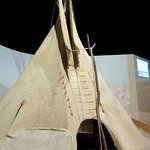 Learn how a tipi is built!