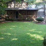 Yadkin Valley Honeymoon Cabin