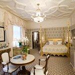 Grand Master Suite - Tudor Suite