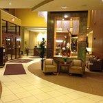 Photo de Crowne Plaza Milwaukee West Hotel