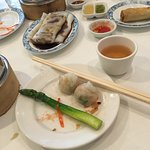 Scallop & shrimp dumpling, cold asparagus, beef cool, egg roll