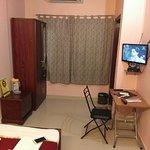 The Hotel Avisha Foto