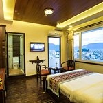 Deluxe room with mountain and city view